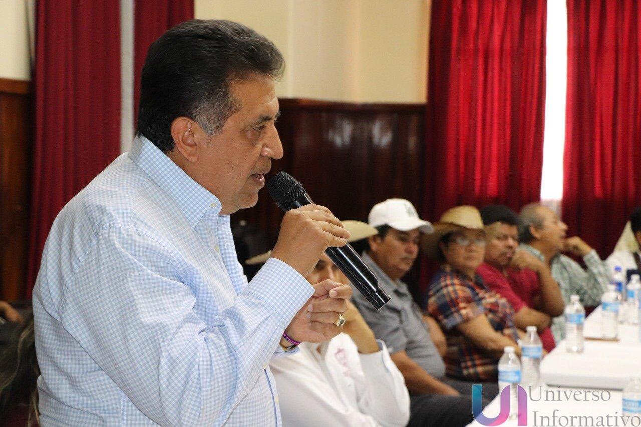 Mejorar los caminos rurales prioridad para el gobierno de José Luis Cruz Lucatero