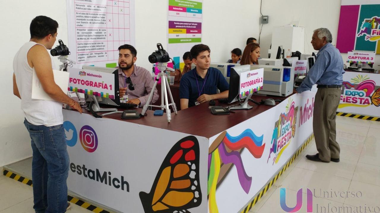 En La Expo Fiesta Michoacán Módulo De Expedición De