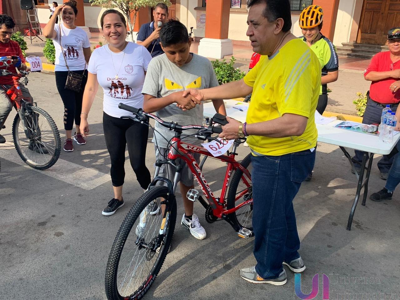 Realizan con éxito la Rodada Ciclista Familiar