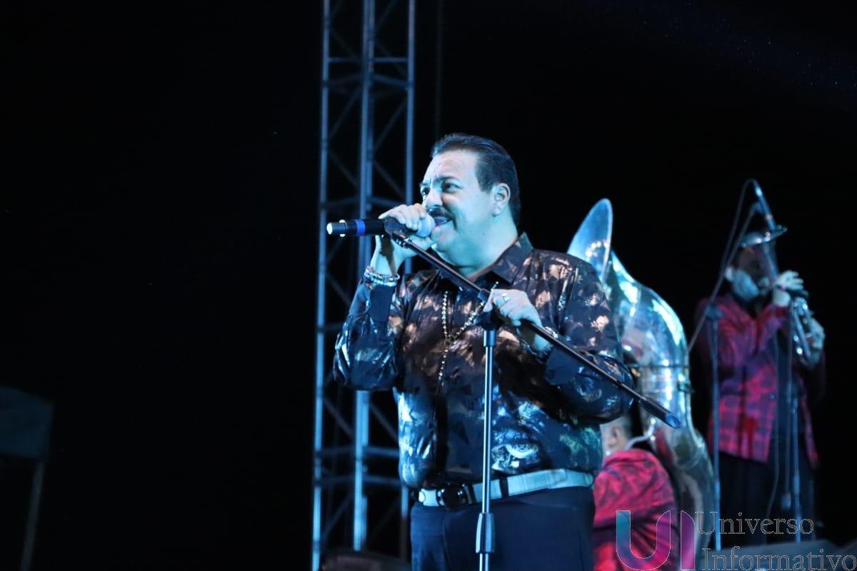 Al ritmo de la banda, Julio Preciado deleitó a los Apatzinguenses