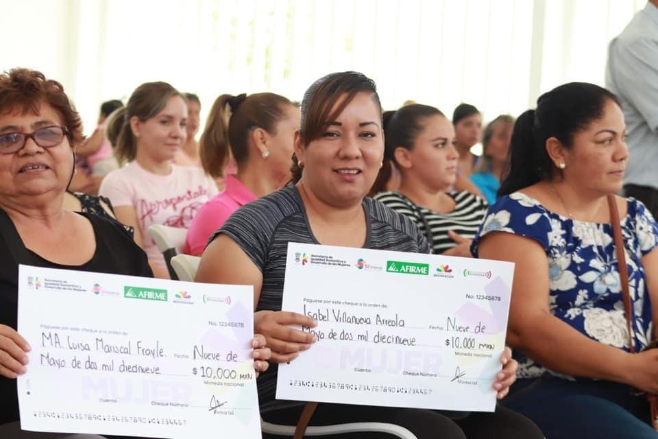 Palabra de Mujer ha impulsado con créditos a más de 12 mil emprendedoras de Apatzingán
