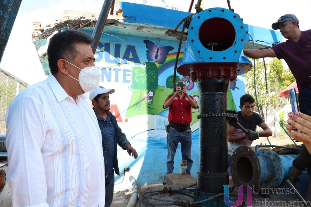 José Luis Cruz pone en marcha nuevo equipo de bombeo en la Buenos Aires