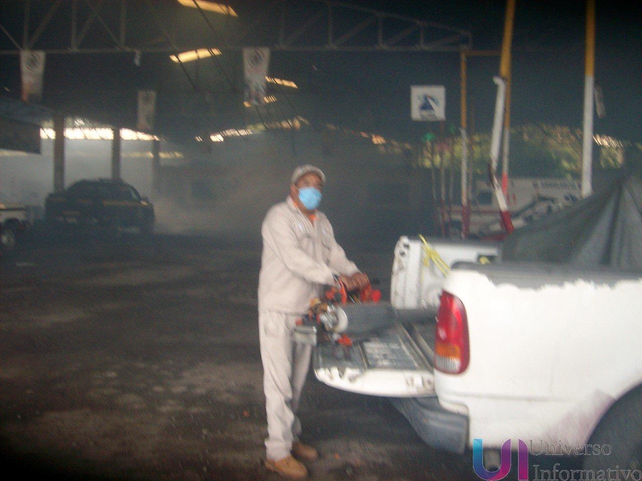 Hubo intensa fumigación contra el dengue en el cuartel de bomberos.