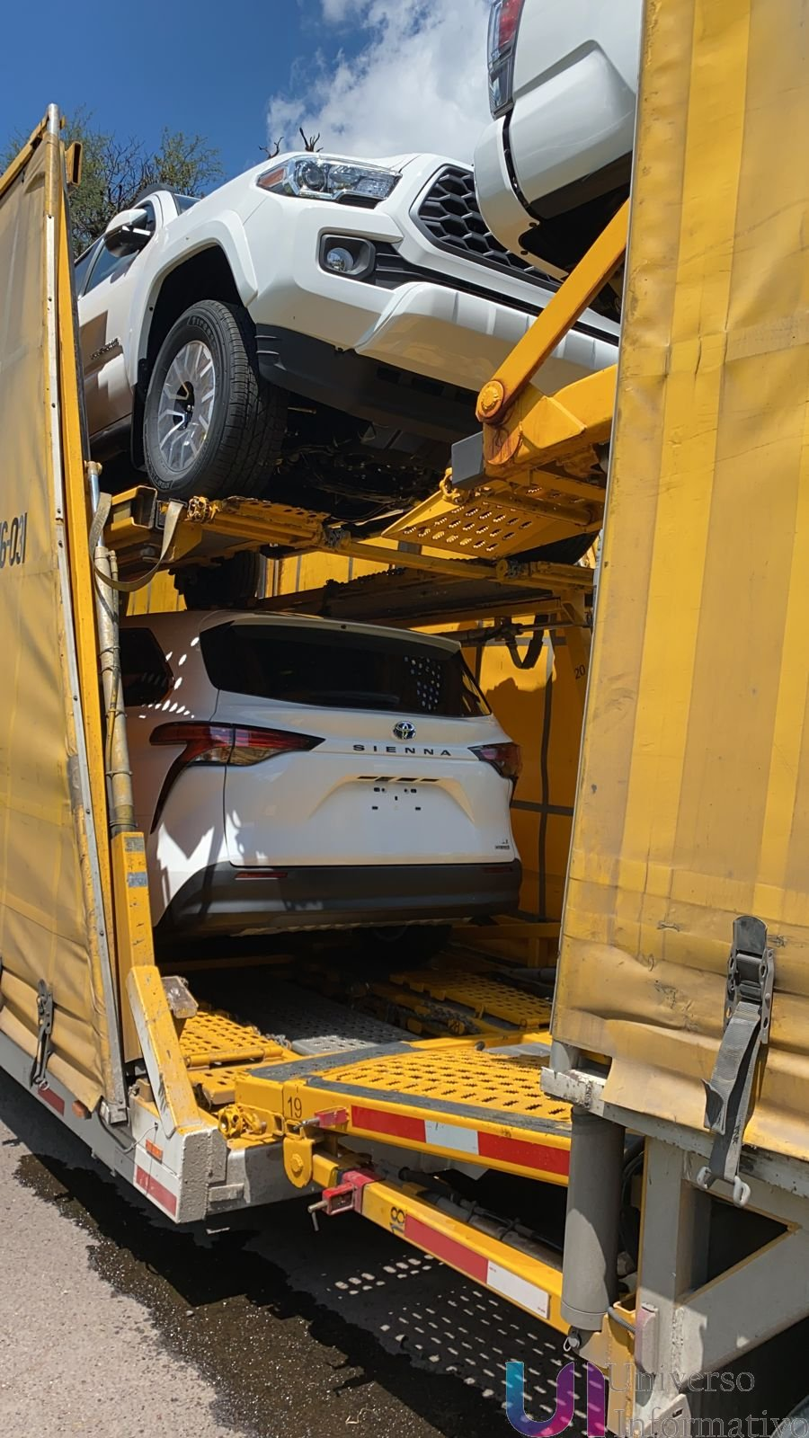 En operativo, recupera Fiscalía General madrina que transportaba vehículos nuevos con reporte de robo