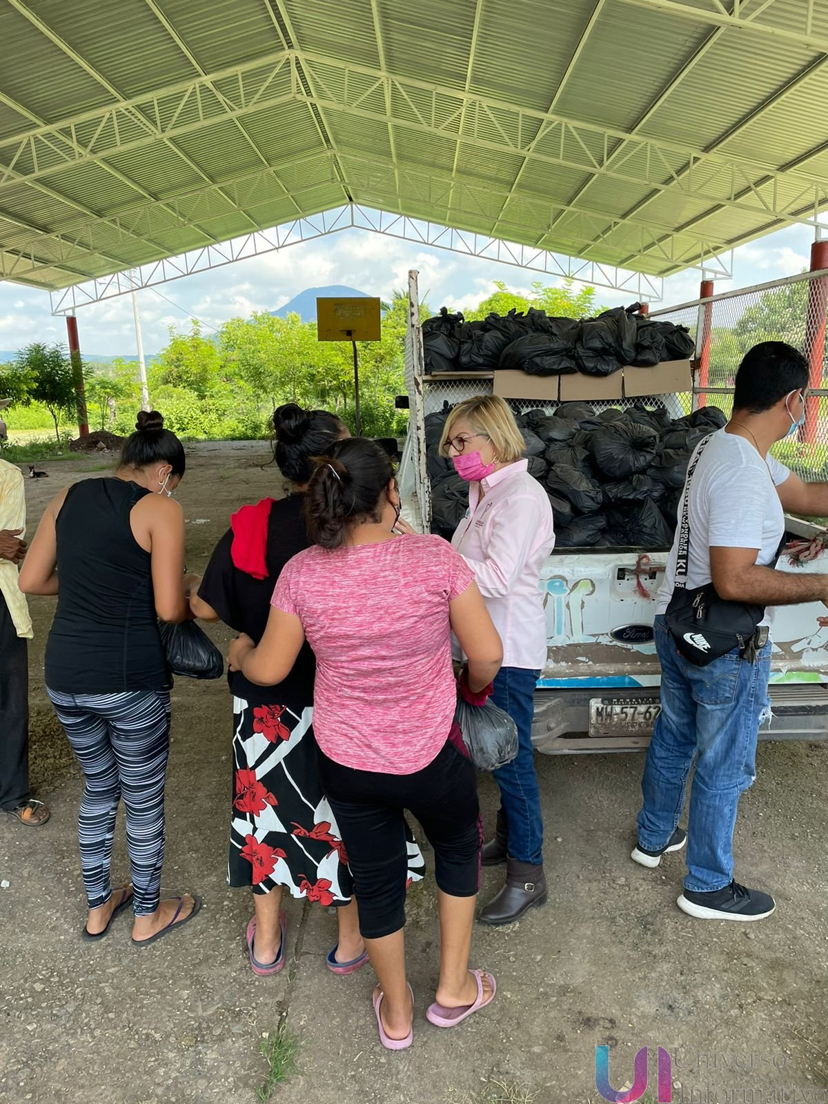 DIF Municipal entregó despensas en la zona rural